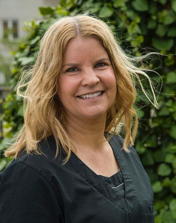 Receptionist Michelle Nedlund